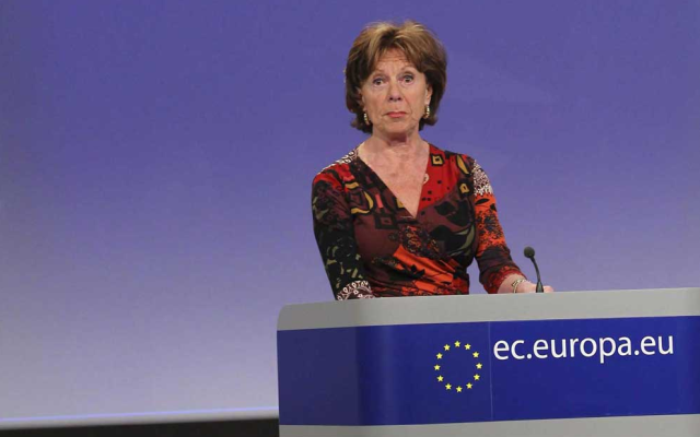 La comisaria europea de Agenda Digital, Neelie Kroes